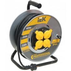 Удлинитель на катушке КГ 3х2,5 4гн с/з б/шт термовыкл с крышкой IP44 40м УК40 Professional IEK